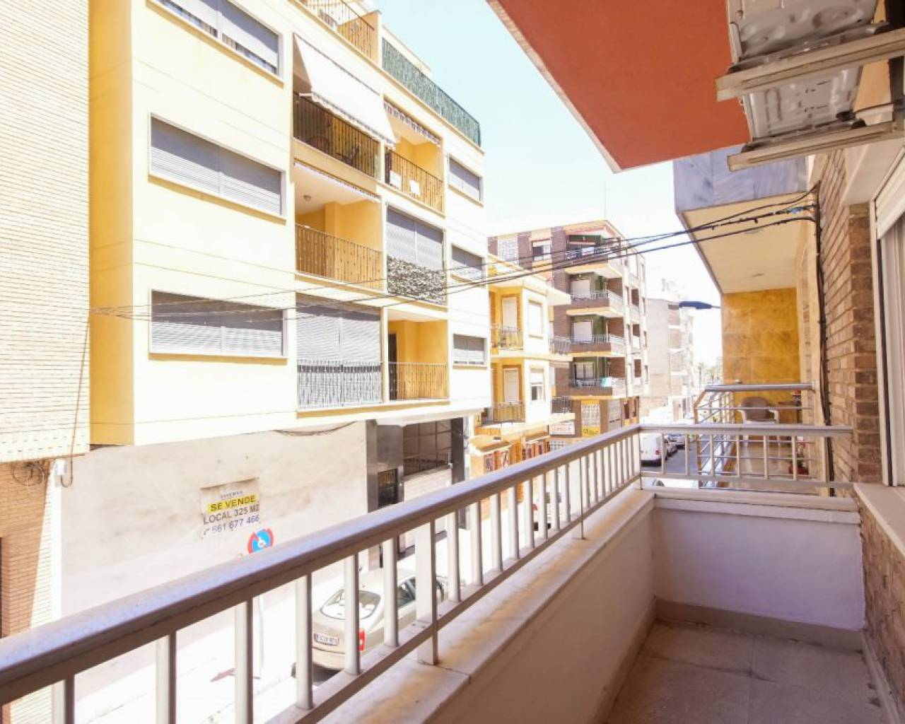 Sale - Appartement - Torrevieja - Paseo maritimo