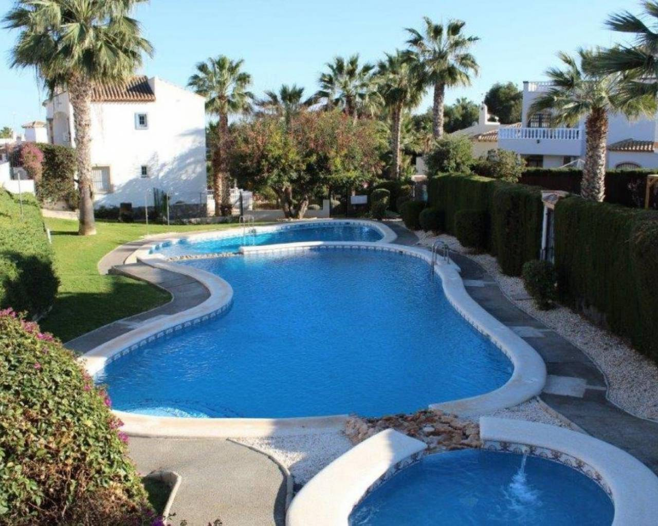 Sale - Upper floor - Orihuela Costa - Villamartin